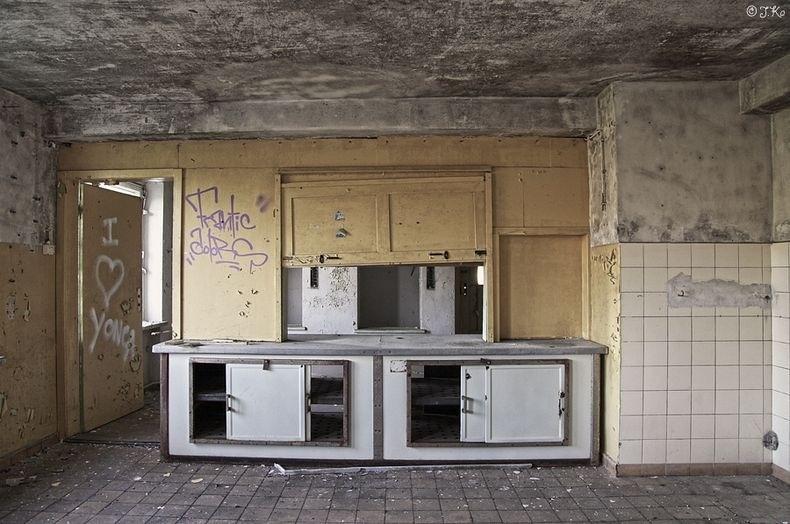 Phần lớn khu nghỉ dưỡng Prora vẫn đang bị bỏ hoang